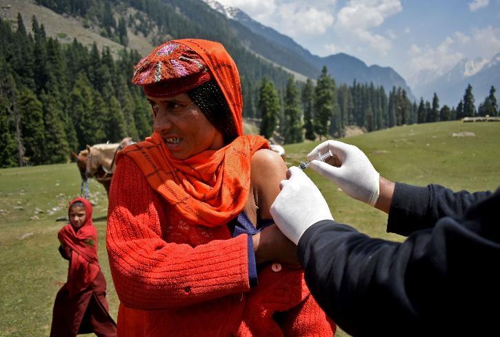 kashmir vaccine Drive