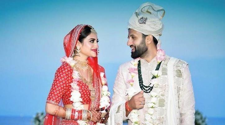 Nusrat Jahan with husband Nikhil Jain / Nusrat Jahan Instagram