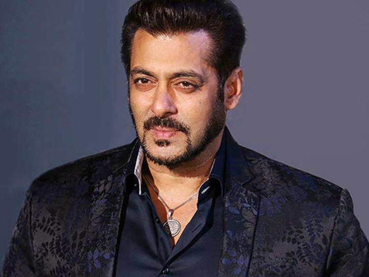 KRK Calls Salman Khan Bollywood Ka Gunda Bhai, Says Doesnt Know 'A' Of Acting