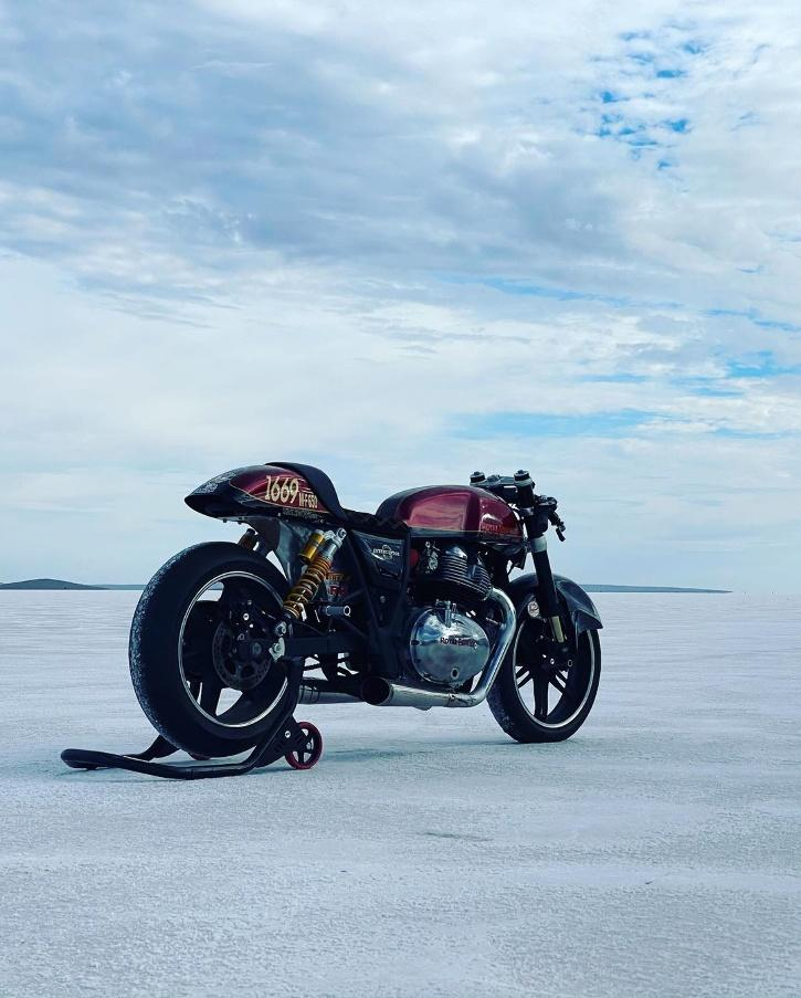 The motorcycle is a 2019 RE Interceptor 650, with the frame, engine, and other parts modified as per the specifications of Class M-F 650.