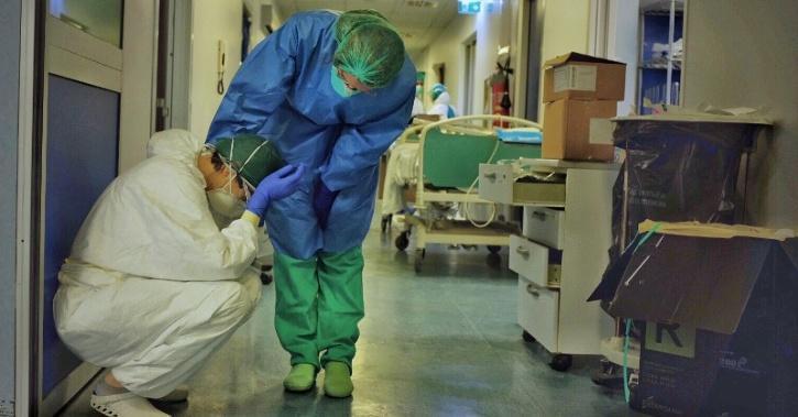 covid icu hospital doctors