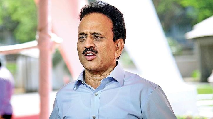 girish-mahajan sexist comment politician
