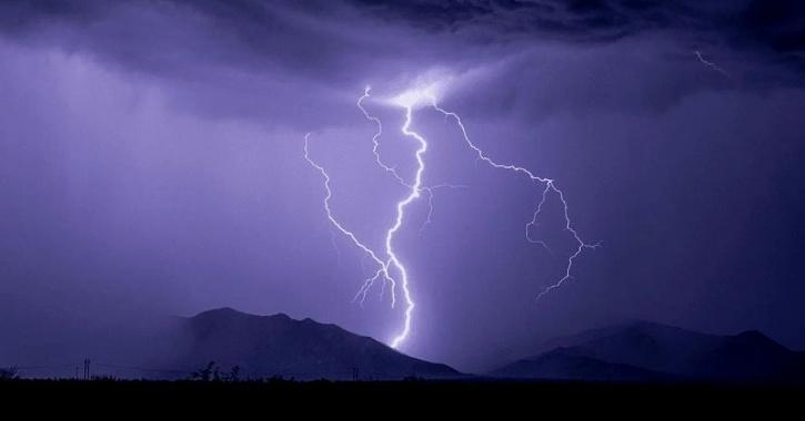 lightning life on Earth