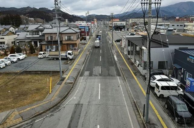 Japan 2011 Tsunami Before and After15