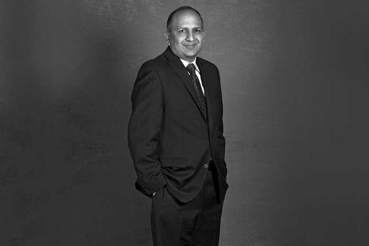 pratap bhanu mehta resigned