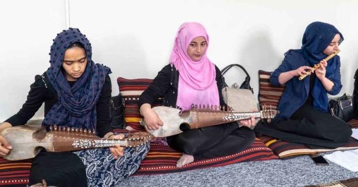 afghanistan singing ban taliban