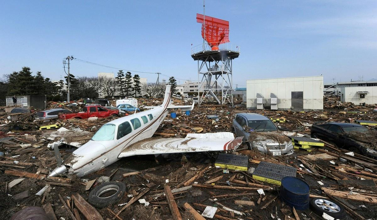 Japan 2011 Tsunami Before and After12