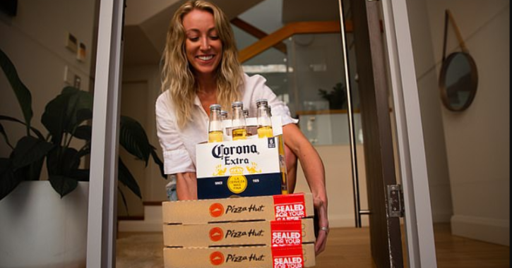 Pizza Hut announcing a beer delivery service