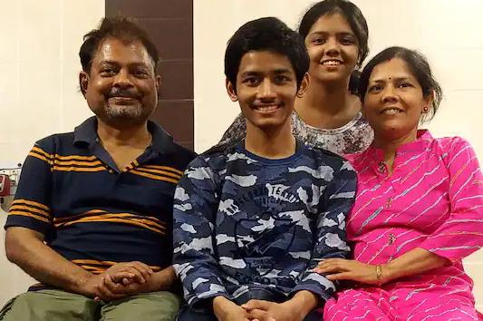 ranjim das with family