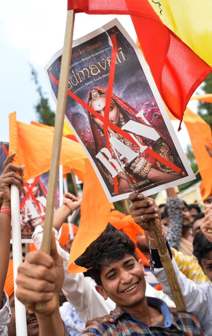 Karni Sena protests against Padmavat.