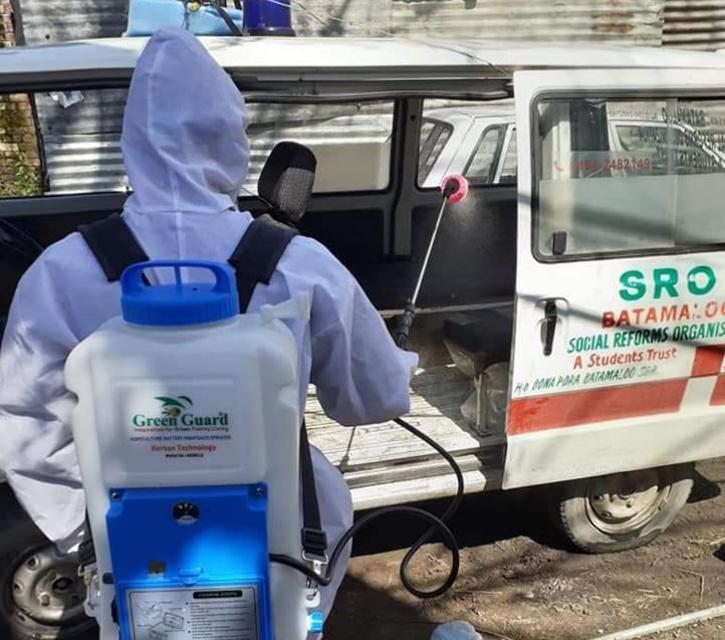 Kashmir: Good Samaritans Walk Extra Mile For Covid Patients