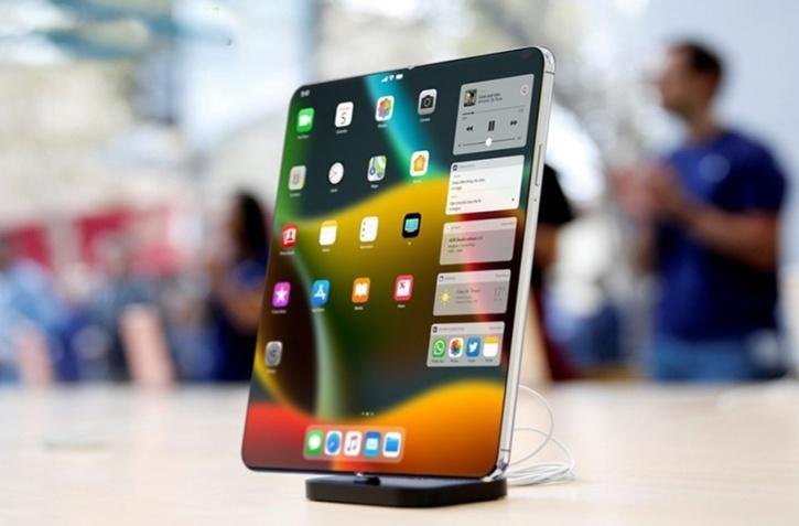 Apple To Reportedly Launch An 8-Inch Foldable iPhone in 2023
