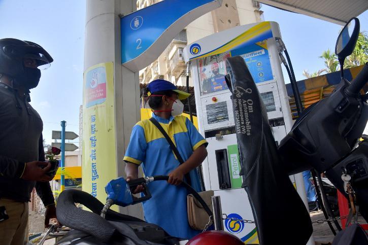 mumbai petrol price