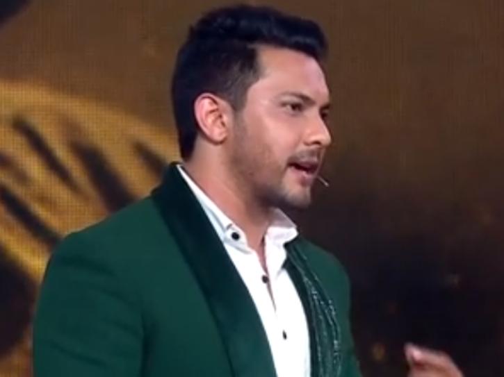 Aditya Narayan on Indian Idol 12 throws shade at Amit Kumar.