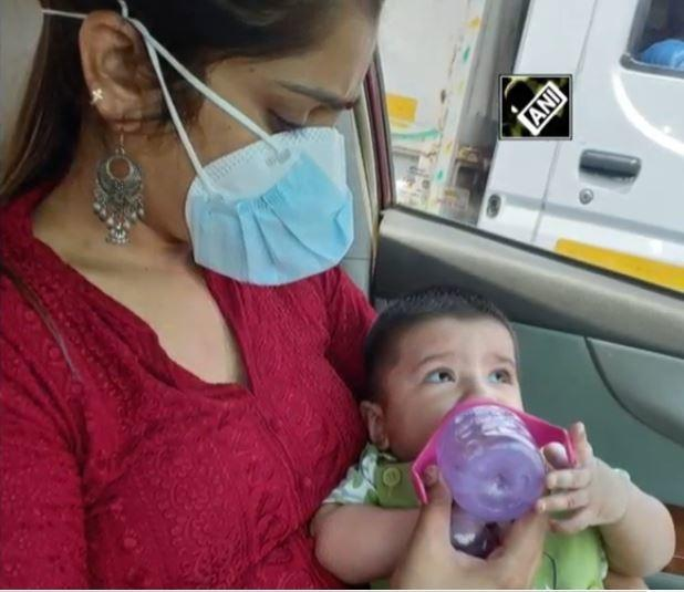 A relative of a couple in Radio Colony in GTB Nagarreached out to the head constable of the Delhi Police police and sought help for their 6-month-old boy on Sunday.