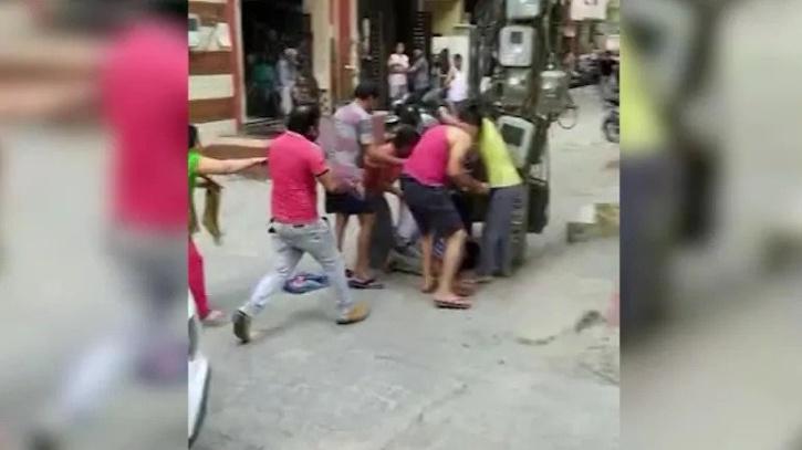 Gurugram man beats neighbours for calling his pet kutta