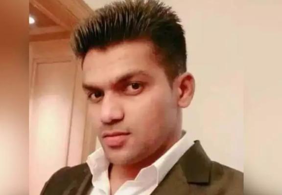 Kangana Ranaut's First Bodyguard Kumar Hedge Booked In Rape Case