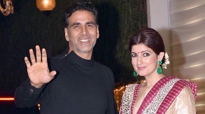 Twinkle Khanna and Akshay Kumar / Viral Bhayani