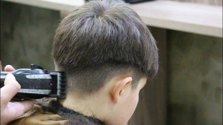 boy calls police after getting bad haircut