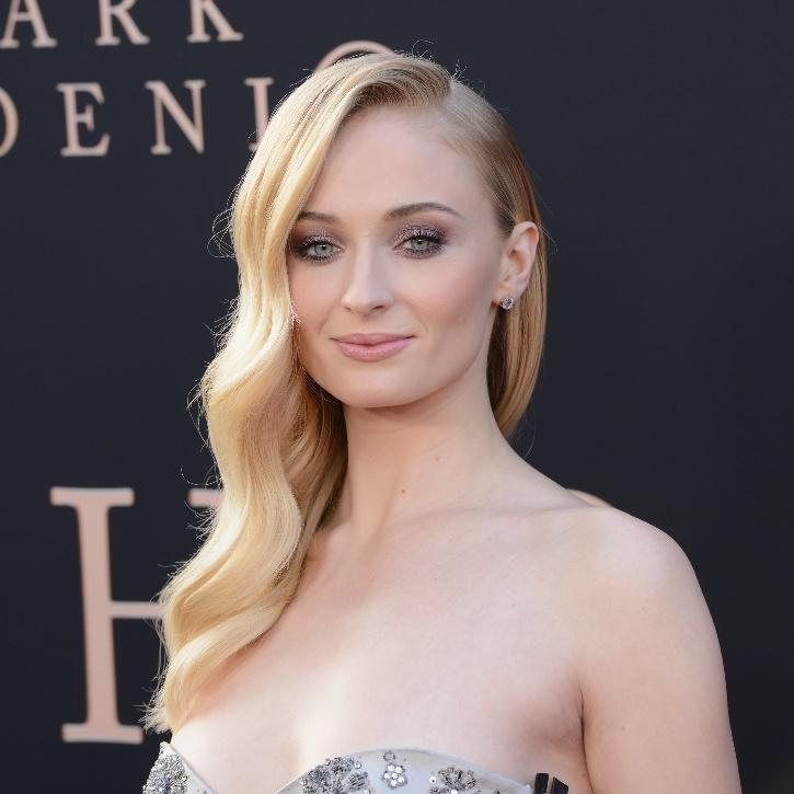 Sophie Turner Highly Upset With Paparazzi Taking Her Daughter's Pictures, Says Just Stop It Right Now It's Disgusting