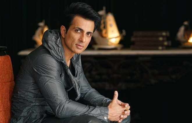 Sonu Sood Comes To Cricketer Suresh Raina's Rescue As He Seeks Help For COVID Positive Family Member