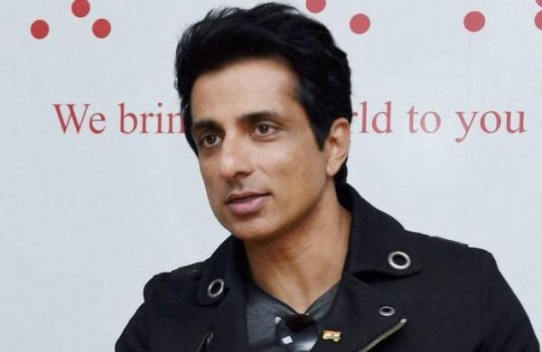 Vir Das Roots For Sonu Sood To Become The Next Prime Minister After A Fan Suggest Him For It