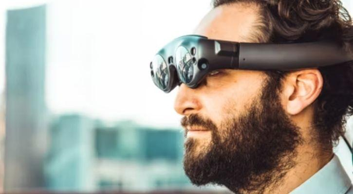 Augmented reality smart goggles