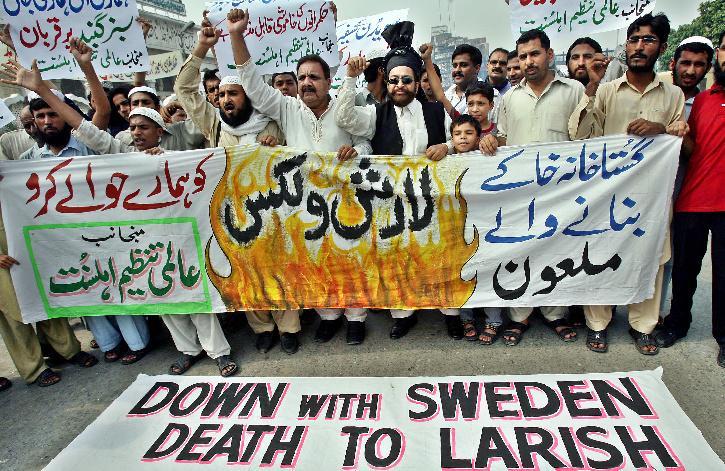 Lars Vilks_Swedish Artist_protest