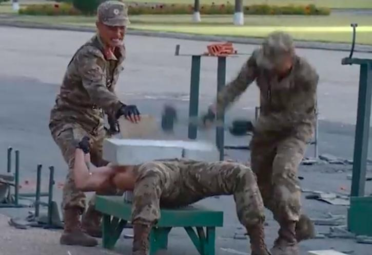 North Korean army gives brutal martial arts show