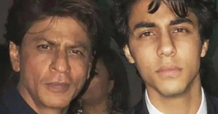 Shah Rukh Khan with Aryan Khan