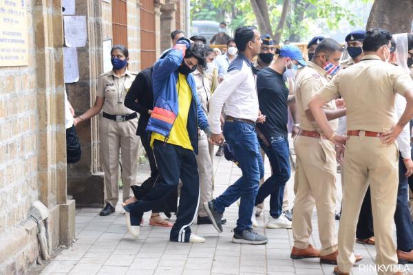 Aryan Khan Taken To Court For Hearing In Drug Case, Mom Gauri Khan Too Reaches