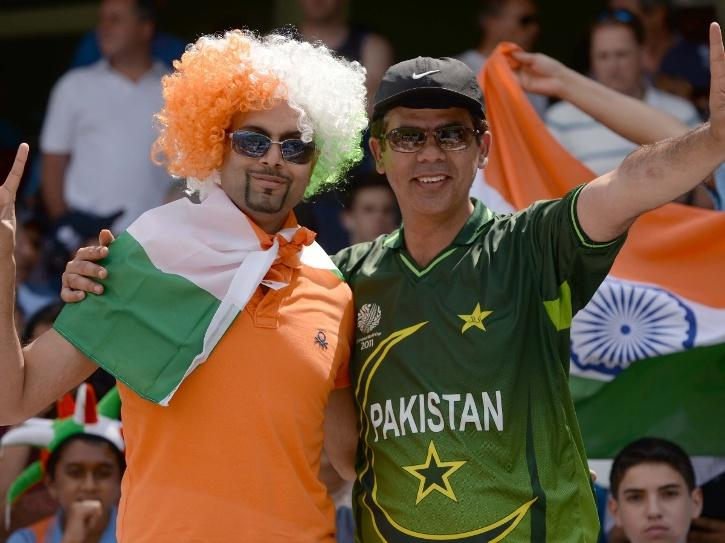 india and pakistan cricket fans