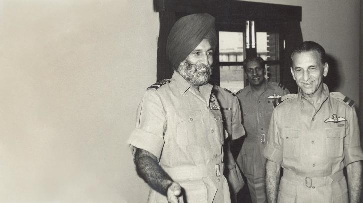 Air Chief Marshal Arjan Singh, with Honorary Air Commodore JRD Tata in 1966