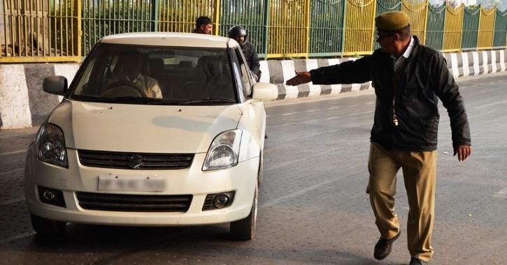 Noida cars pollution