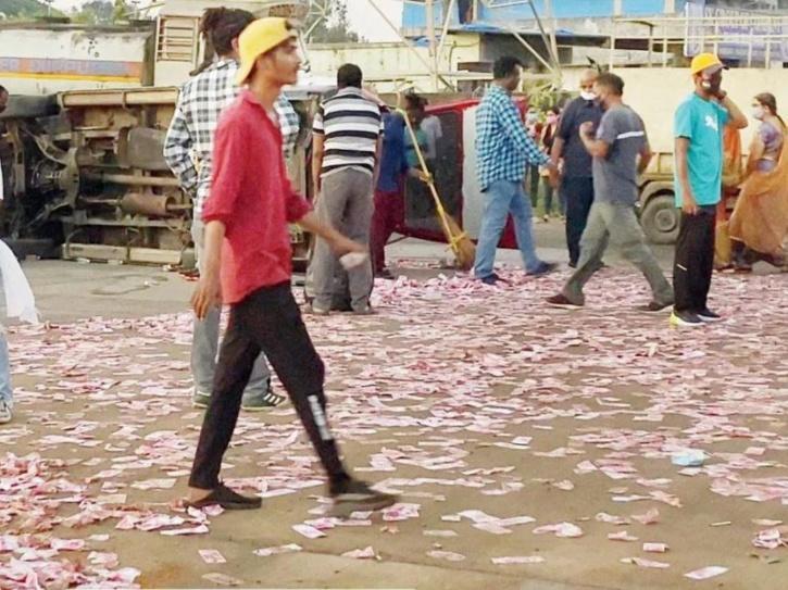 Crew Of Web Series 'Sunny' Starring Shahid Kapoor Accused Of Disrespecting Mahatma Gandhi