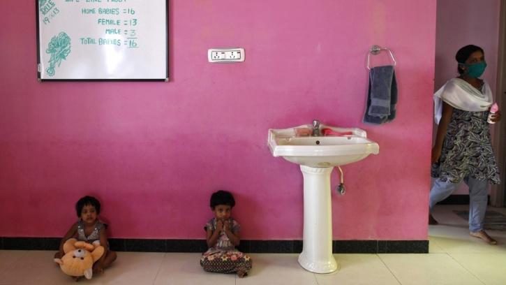 women public toilets