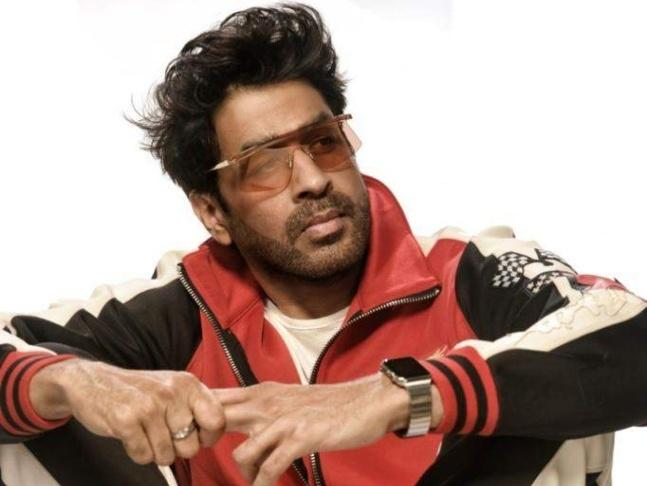 According to police, the incident occurred on Monday evening near a temple in Andheri when the actor was on his way home.