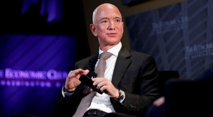 The Billionaire Wars: Why Elon Musk Tweeted Jeff Bezos Would