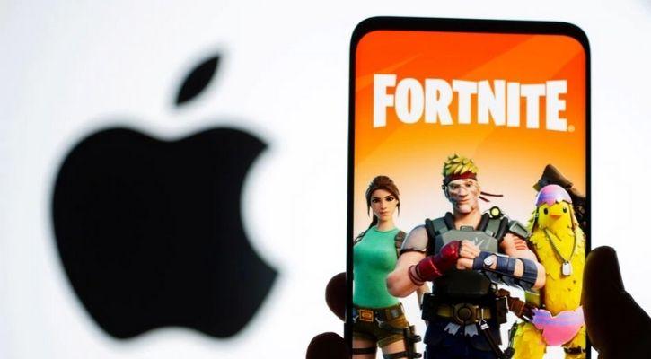 Apple logo Fortnite logo