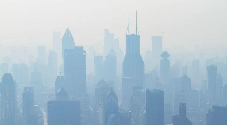 City under the haze of air pollution