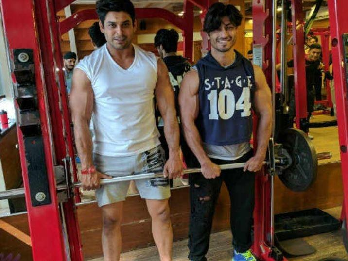 Vidyut Jammwal Breaks Down Remembering Best Friend Sidharth Shukla, Says There Isn