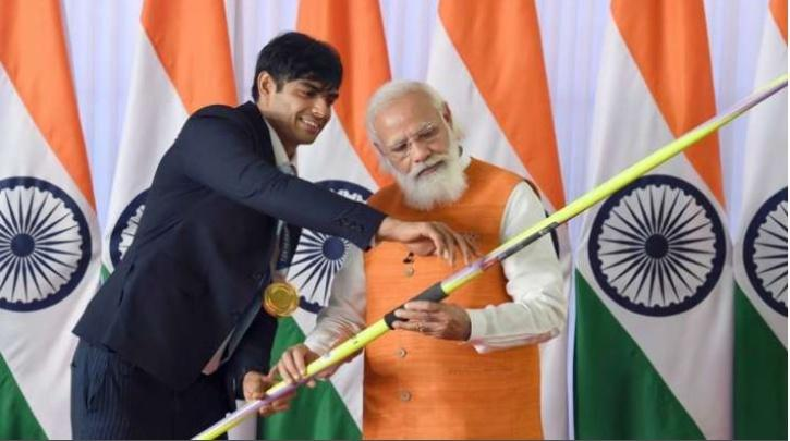 The star Indian javelin thrower along with other olympian medalists had gifted his sports equipment to Prime Minister Narendra Modi after coming back from the Tokyo Olympics.