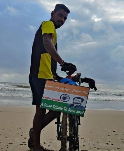 Not to be dejected with it, Ranjith with a little of his own and some borrowed money in hand, decided to travel across the length and breadth of the country on a bicycle.