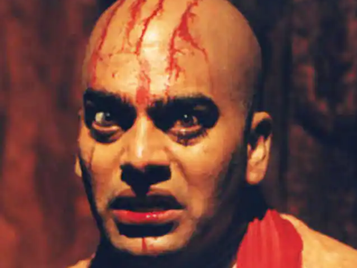 Lajja Shankar Pandey in Sangharsh (Ashutosh Rana) - Most Hated Villains