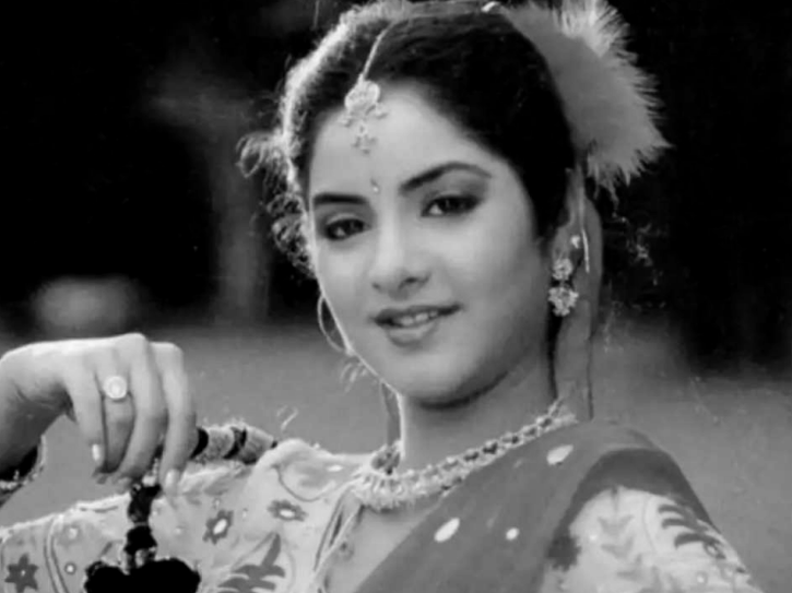 Divya Bharti - Indian celebrities and bollywood stars who died at a yound age.