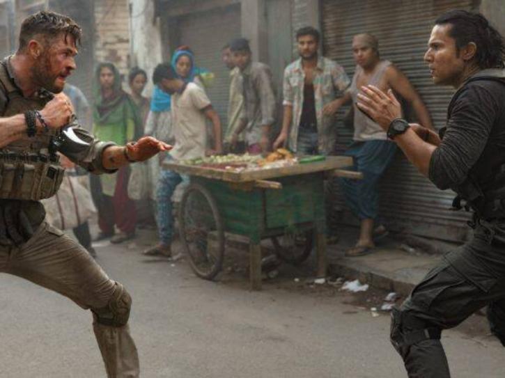Randeep Hooda and Chris Hemsworth in Extraction.