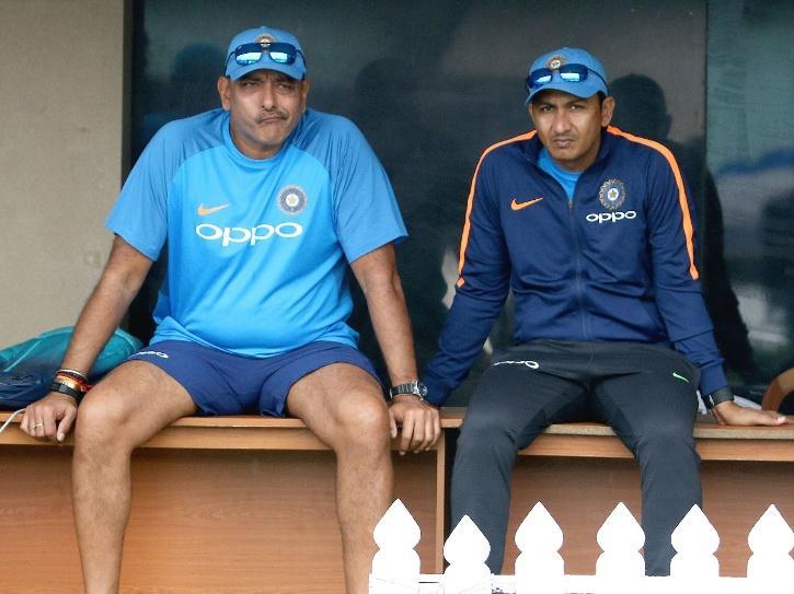 Ravi Shastri hindia vs englandas tested positive for COVID-19