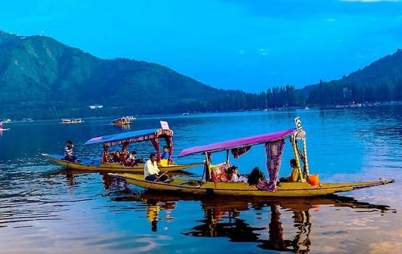 dal-lake paradise