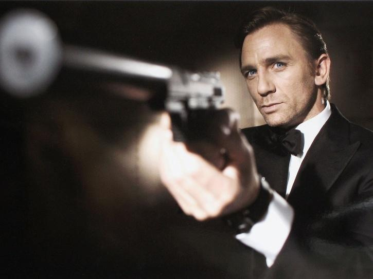 When Craig wrapped his fifth and final James Bond film back in 2019, he gave an emotional farewell to the cast and crew.