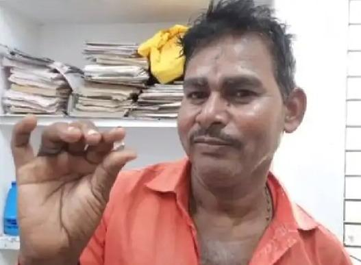 4 labours in Panna find diamond worth 40 lakhs